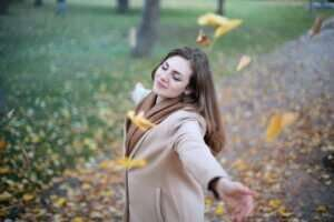 happy woman for blog by GrowTraffic on is SEO worth it