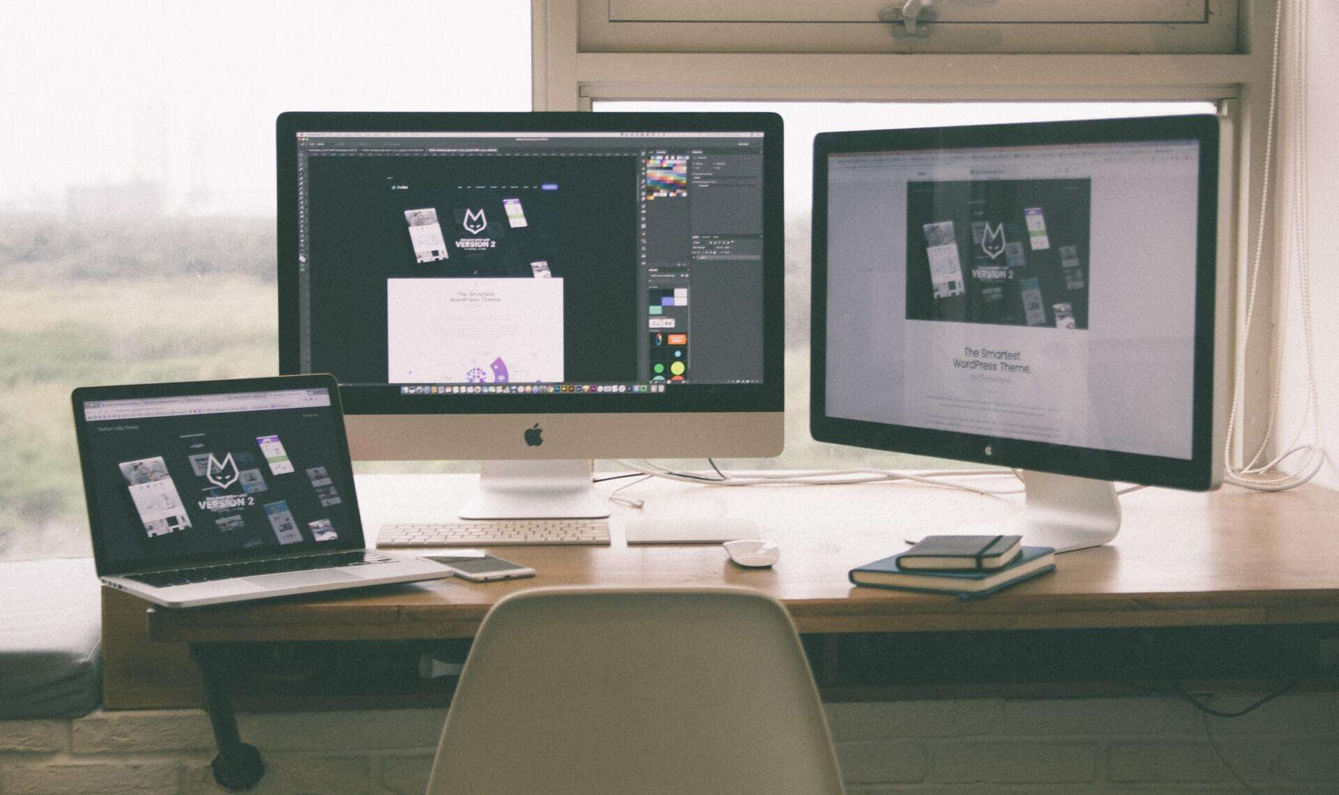 image of computer screes for building your own website blog by GrowTraffic